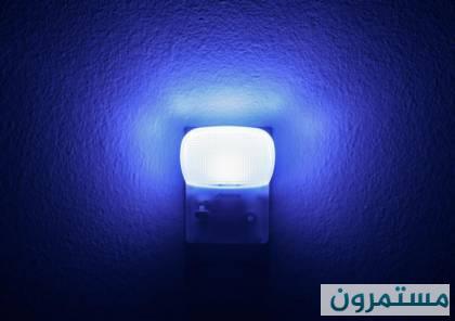 مصابيح الضوء الأزرق خطيرة للغاية.. تجنبها فورا