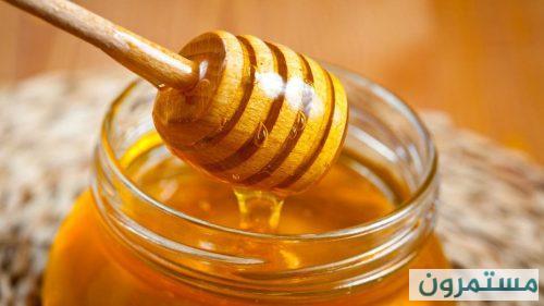 عسل النحل يعالج قروح الفم كالدواء