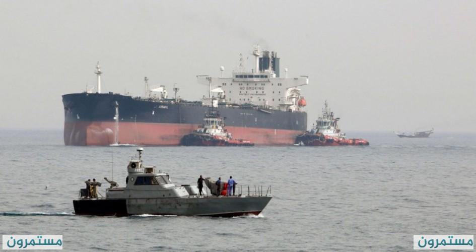 استهداف ناقلتي نفط عملاقتين محملتين بالخام في بحر عمان