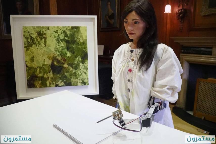أيدا : أول روبوت فنان في هيئة إنسان