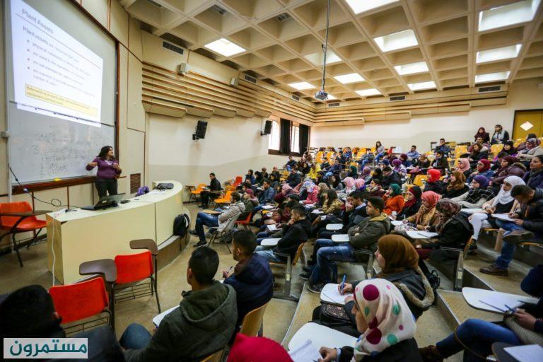 الأكاديميون الأجانب ممنوعون من دخول الأراضي الفلسطينية