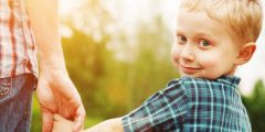 6 أفكار للتواصل أكثر مع أطفالك
